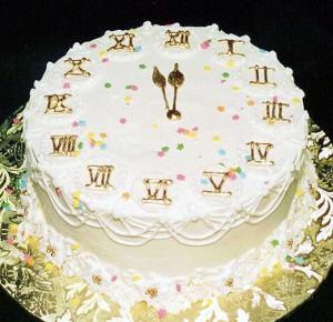 Торт бисквитный на новый год.  Заготовки из птицы, мяса, грибов, рыбы.  Аджика, заправки, кетчупы.